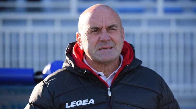 Testata dell'allenatore Favarin a Mancino: