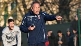 Bologna, Sinisa Mihajlovic dirige il primo allenamento. Debutto con l'Inter