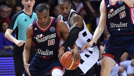 Basket Champions League, la Virtus Bologna cade a Strasburgo: 83-80