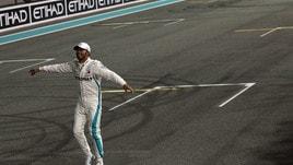 MotoGp, scommesse aperte su Lewis Hamilton