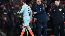 Premier League: il Liverpool manca l'allungo, batosta per Sarri e Higuain