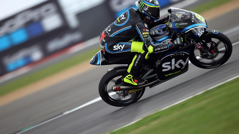 Sky Racing Team, senti Rossi: «Dai che ci divertiamo»