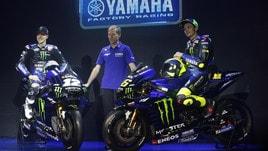 MotoGp, la Yamaha 2019 è nerazzurra: l'interista Rossi sorride