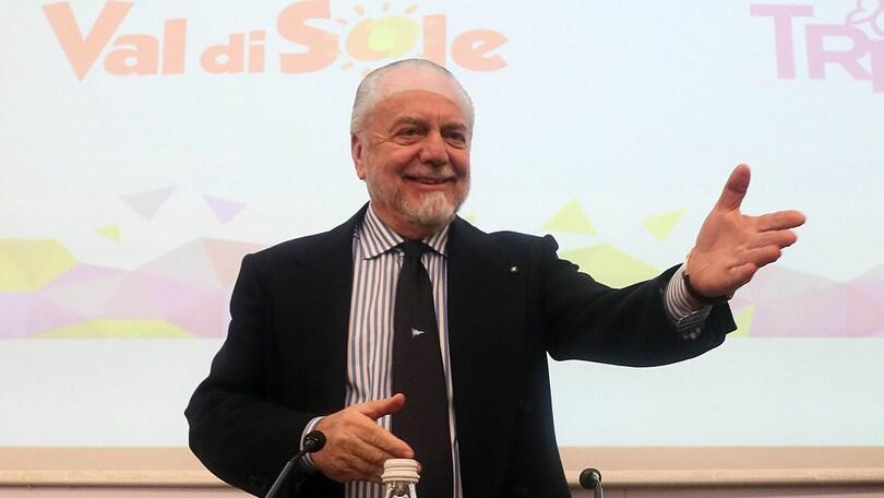 Napoli, Hamsik rompe il silenzio: