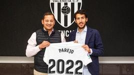 Dani Parejo rinnova con il Valencia fino al 2022