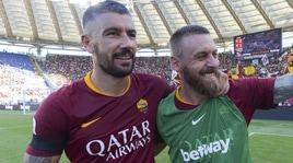 Kolarov: «De Rossi avrebbe voluto chiudere la carriera a Roma»