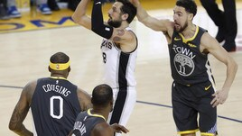NBA, Belinelli titolare ma Spurs ko. I Milwaukee Bucks travolgono Washington
