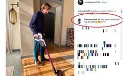 Totti scherza con Pirlo: «Vieni a pulire anche casa mia?»