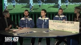 La gaffe hot del giocatore: «Il calcio è bellissimo, ma come la f...»