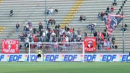 Serie C, incidenti tra tifoserie prima di Teramo-Rimini