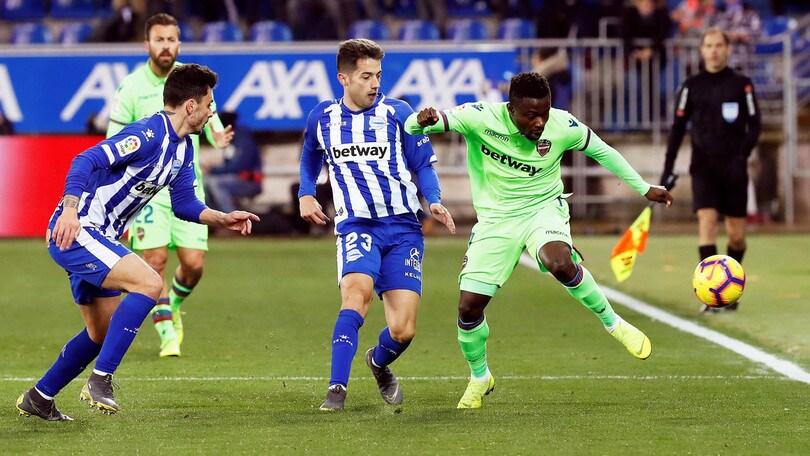 Liga: l'Alaves domina il Levante, vittoria e sesto posto per i baschi