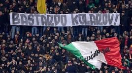 Roma-Porto, striscione della Curva Sud contro Kolarov