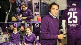 Chiesa idolo: autografi e foto coi tifosi al Fiorentina store