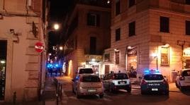 Lazio-Siviglia, maxi rissa in centro a Roma: tre accoltellati