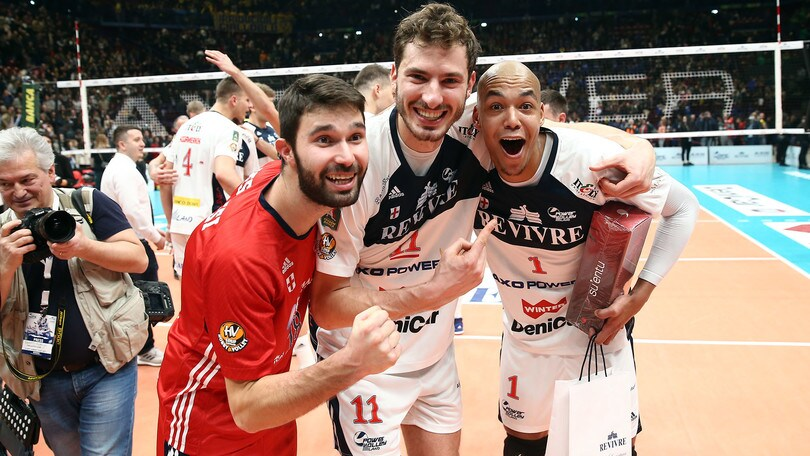 Volley: Superlega, Milano parte piano poi travolge Siena