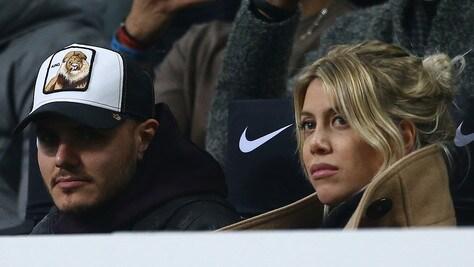 I tifosi contro Icardi: «Via i mercenari dall'Inter»