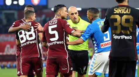 Moviola Serie A, Napoli-Torino: Fabbri disastro, graziato Moretti. Allan abbaglio!