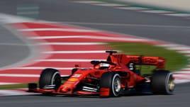 F1, test Barcellona: Vettel detta il ritmo