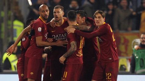 Roma-Bologna 2-1, Olsen salva i giallorossi poi ci pensano Kolarov e Fazio