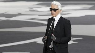 Addio a Karl Lagerfeld, icona dell'alta moda