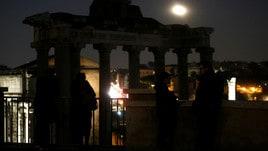 Superluna in Italia: le foto