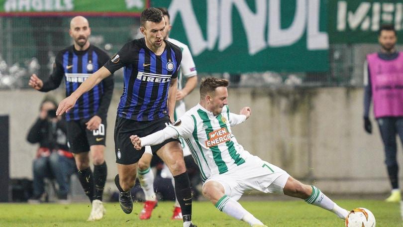 Inter-Rapid Vienna, Schobesberger si propone su Tinder: «Sono qui per due notti»