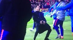 Simeone e il gestaccio dopo il gol dell'1-0 dell'Atletico