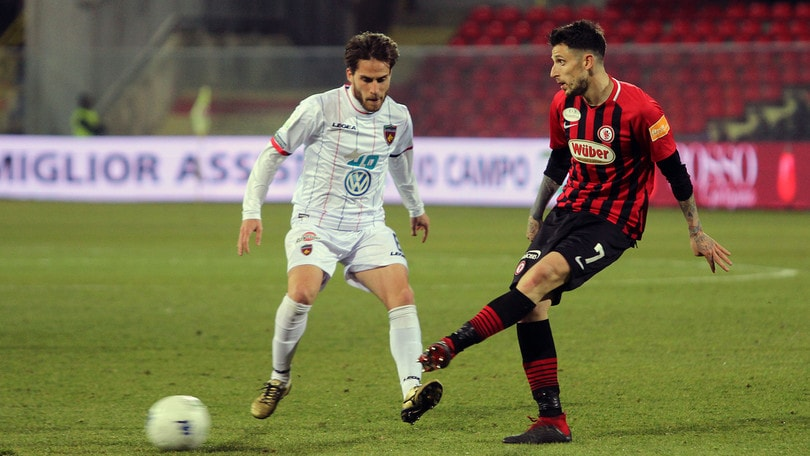 Serie B, il Foggia torna a vincere: 1-0 al Cosenza