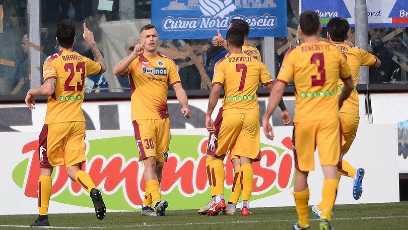 Serie B, colpaccio Cittadella a Brescia. Ascoli rimontato dal Carpi