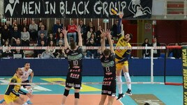 Volley: Superlega, per Perugia facile a Ravenna, Padova vince il derby