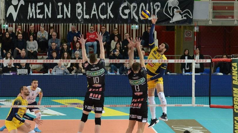 Volley: Superlega, per Perugia facile a Ravenna, Padova vince il derby