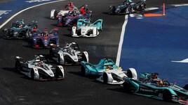 Formula E, la Mercedes svela la sua livrea