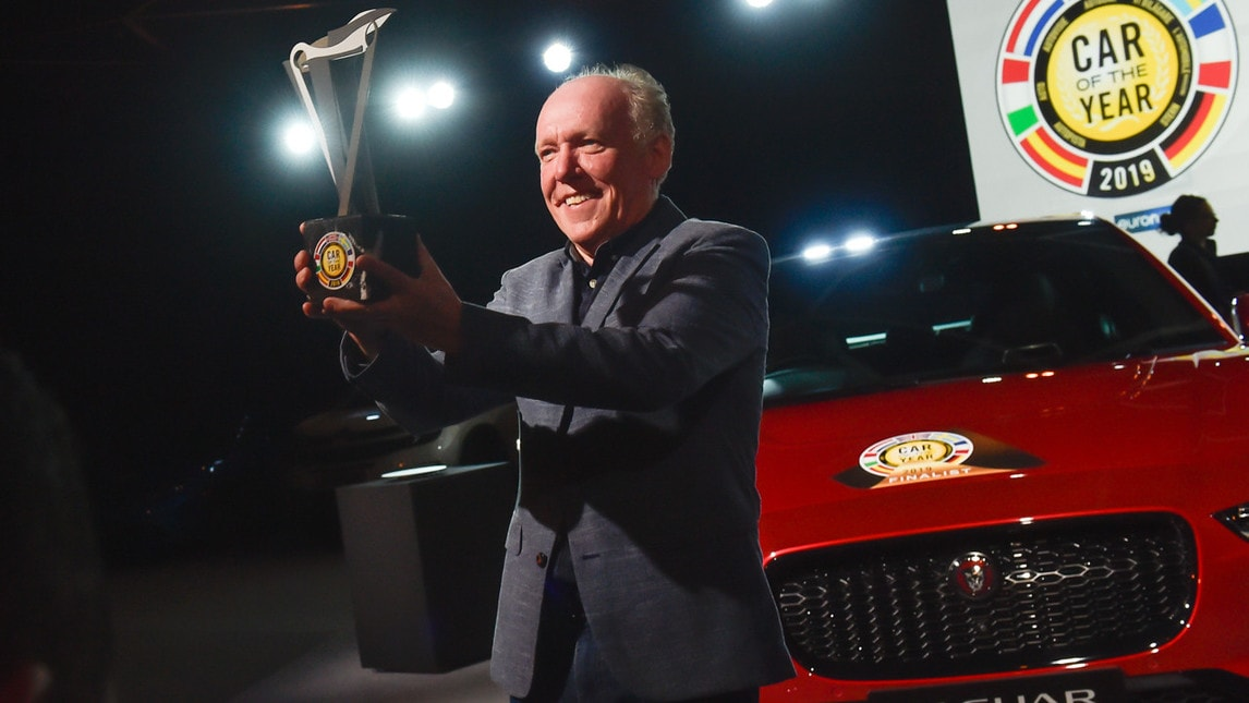 Il SUV 100% elettrico si aggiudica il prestigioso premio al Salone di Ginevra. Sul podio la Alpine 110 e la Kia Creed