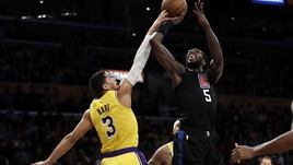 NBA, ai Clippers il derby di Los Angeles: Lakers nei guai. Gallinari firma 23 punti
