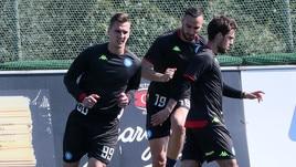 Concentrazione Napoli: dimenticata la Juve, c'è l'Europa League