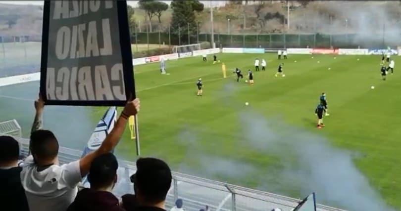 Lazio, la festa dei 5000 tifosi a Formello: video