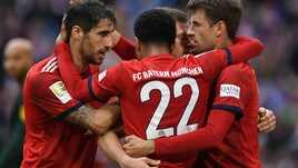 Bundesliga, Bayern a valanga sul Wolfsburg. Vittoria sofferta per il Borussia