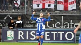 Serie B, Bonazzoli fa sperare il Padova: 2-0 corsaro allo Spezia