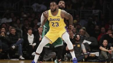 NBA, crollo Lakers: cinque ko di fila. A Los Angeles trionfa Boston