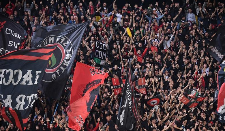 Foggia, la risposta degli ultras: «Gesti che non ci appartengono»