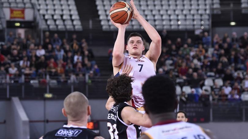 Basket Serie A2, Roma batte Tortona. Siena non si presenta a Legnano