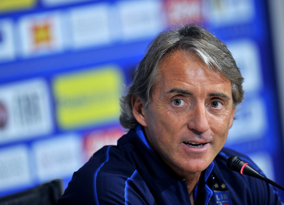 On Air: Mancini pensa a Balotelli. Van Gaal si ritira