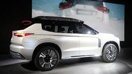 Mitsubishi Engelberg Tourer, il concept Suv sbarca al Salone di Ginevra