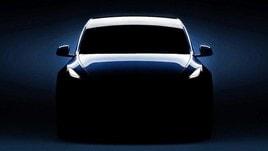 Tesla debutta tra i Suv di taglia media con Model Y