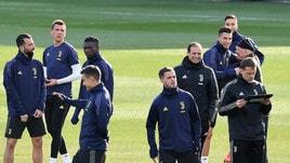 Juventus concentrata per l'Atletico: Douglas Costa non convocato