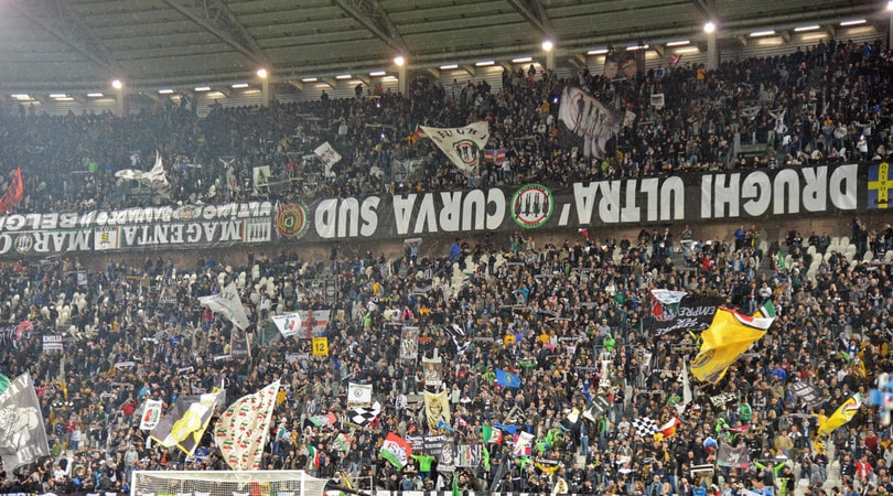 Juve, spunta uno striscione fuori l'Allianz: