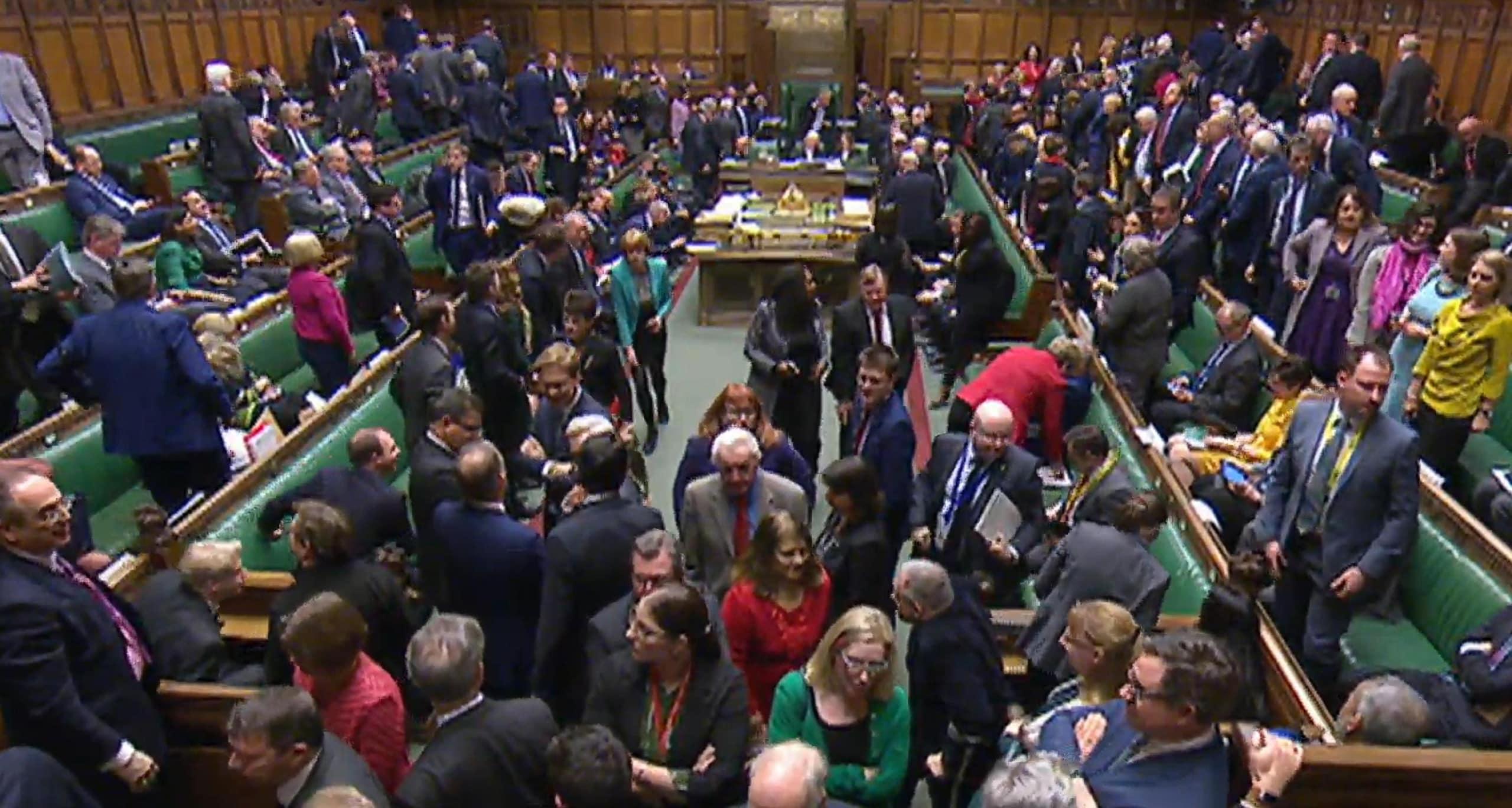 Brexit: chiuso dibattito, Comuni al voto
