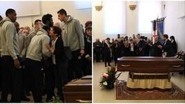 Basket, funerali Alberto Bucci: quanti big dello sport per l'ultimo saluto