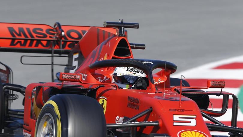 F1 la Ferrari celebra i suoi 90 anni a Melbourne