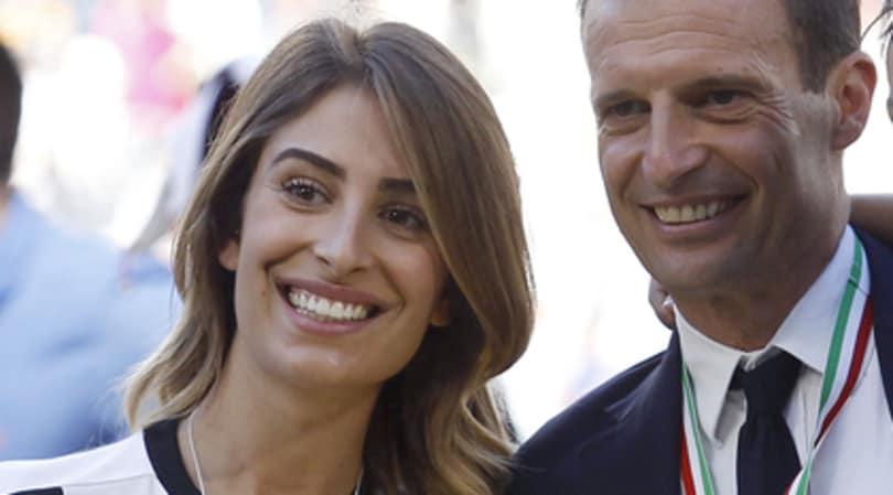 Juve-Atletico, per Valentina Allegri lo scherzo dello spogliarello alle Iene